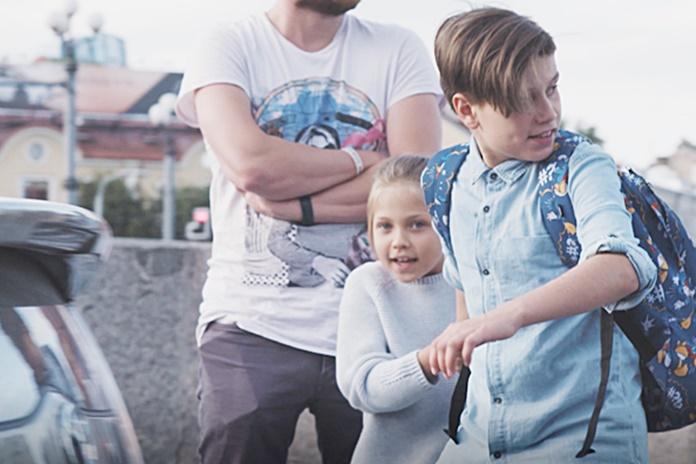 Eksperimentas atskleidė: ar suaugę sustabdys pavojingai gatvėje besielgiantį vaiką
