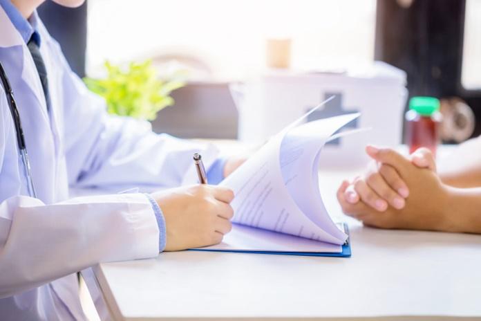 Gydymo įstaigos raginamos greičiau atnaujinti paslaugų teikimą pacientams