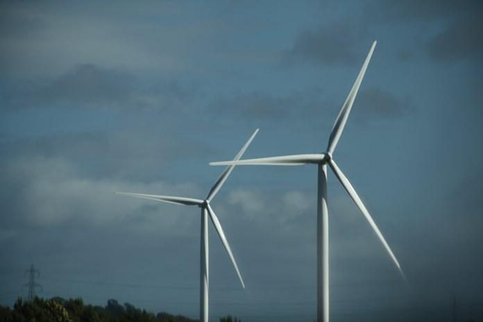 Norite įsirengti nuosavą vėjo elektrinę? Štai, ką turite žinoti