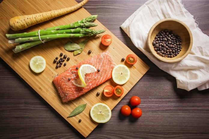 Lašiša ne tik skani, bet ir naudinga: receptai, nepaliksiantys abejingų